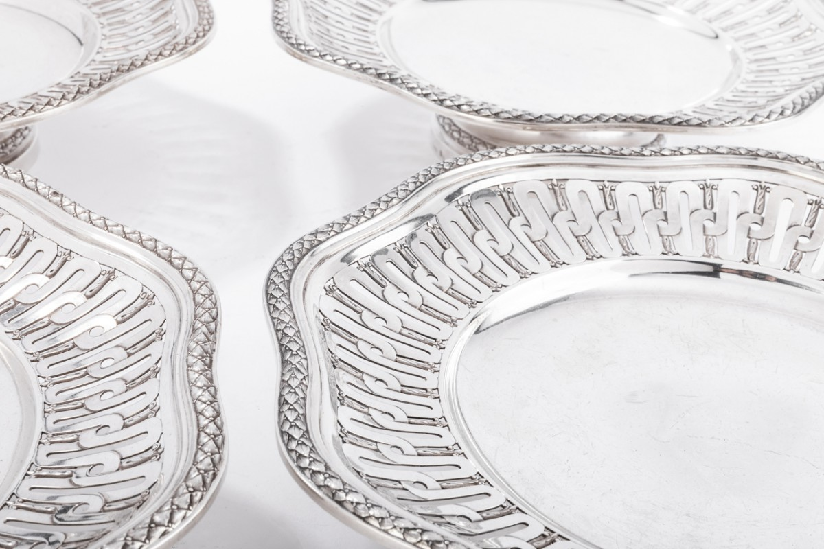 Goldsmith A. AUCOC Suite of four 19th solid silver cups