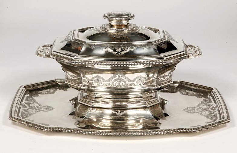 """Silversmith ROUSSEL - Centerpiece in its """"dormant"""" in silver XXth"""