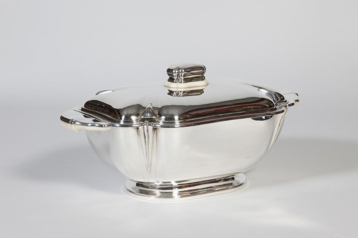 Goldsmith R. Ruys - Centerpiece in solid silver Art Deco twentieth