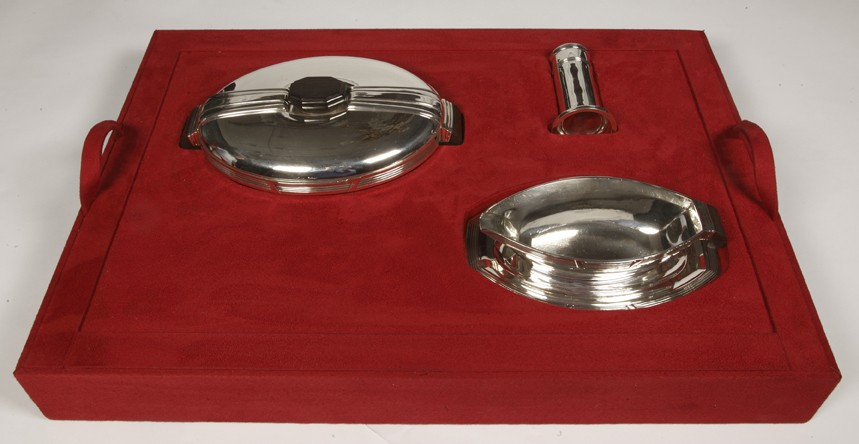 silversmith Coignet - sterling silver form pieces in a chest art deco  1930